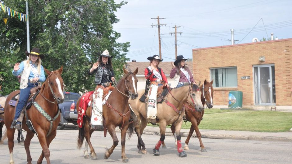 PICs – High Prairie Elks Pro Rodeo Parade 2019