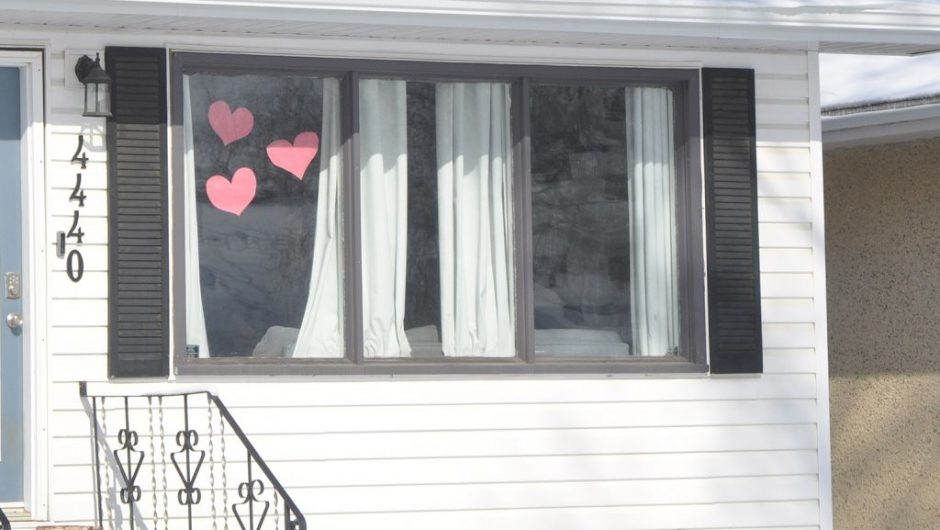 Hearts in windows show support during Covid-19 pandemic